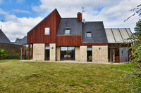 French property, houses and homes for sale in Plouisy Côtes-d'Armor Brittany