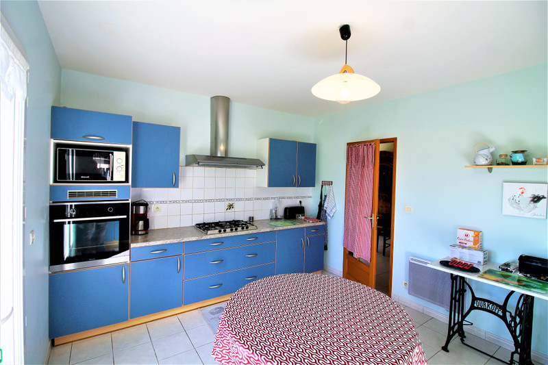 French property for sale in Luxé, Charente - €256,800 - photo 6