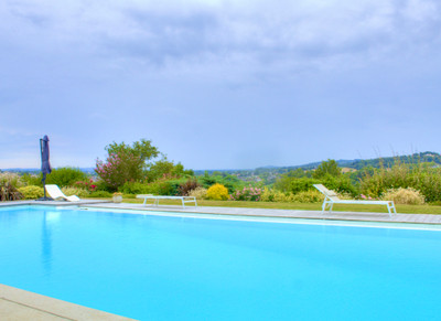 OFFER ACCEPTED - STUNNING ARCHITECT-DESIGNED VILLA + INFINITY POOL + PERFECT FOR A FAMILY + PANORAMIC VIEWS...
