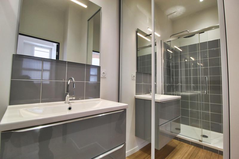 French property for sale in Paris 7e Arrondissement, Paris - €1,000,000 - photo 9