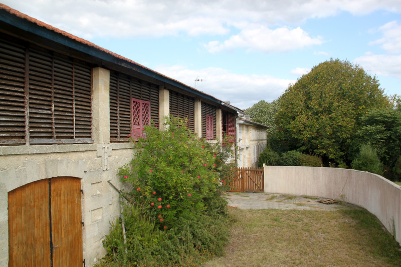 French property for sale in Saint-Christoly-de-Blaye, Gironde - €530,000 - photo 4