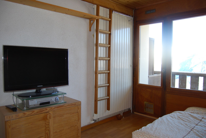 French property for sale in Courchevel, Savoie - €257,000 - photo 6