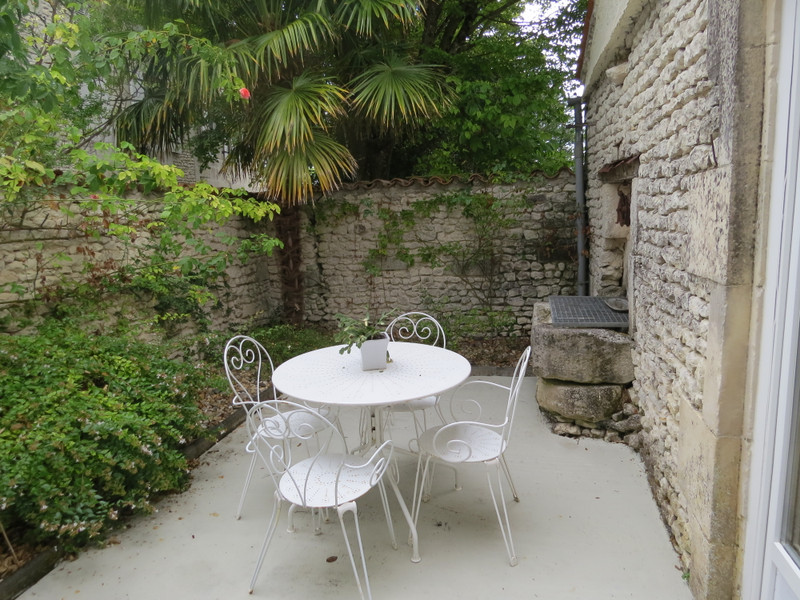 French property for sale in Montils, Charente Maritime - €318,000 - photo 6