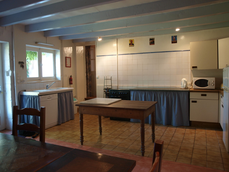French property for sale in Melle, Deux-Sèvres - €144,950 - photo 5
