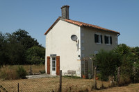 French property, houses and homes for sale in PIOUSSAY Deux-Sèvres Poitou_Charentes