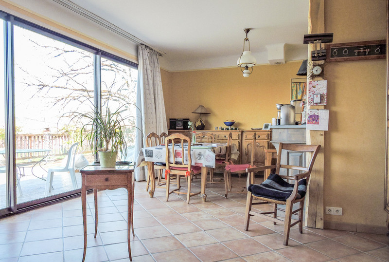 French property for sale in Le Bugue, Dordogne - €295,000 - photo 3