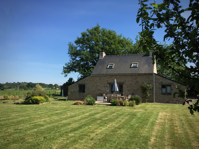 French property for sale in Béganne, Morbihan - €165,000 - photo 7