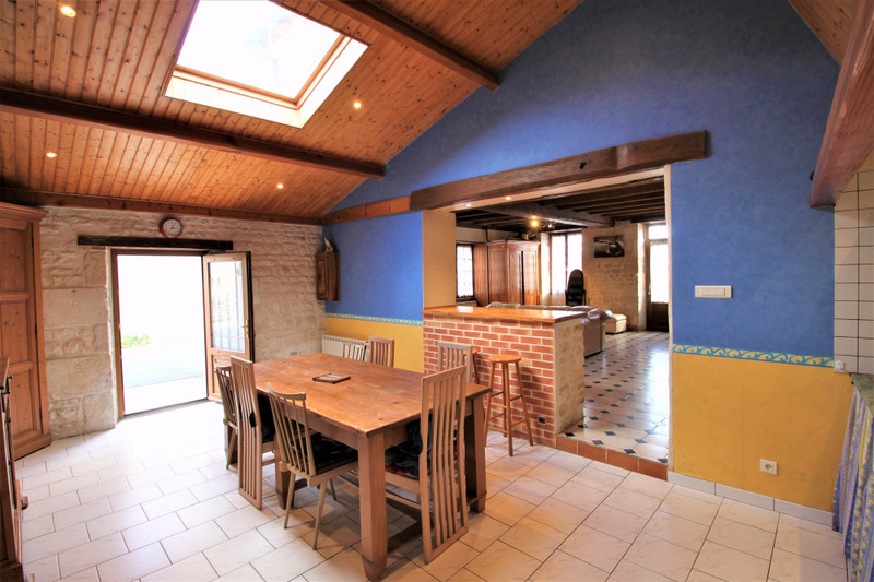 French property for sale in Varaize, Charente-Maritime - €130,800 - photo 5