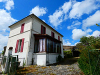 French property, houses and homes for sale in Saint-Ciers-du-Taillon Charente-Maritime Poitou_Charentes
