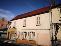 French property, houses and homes for sale inGamachesSomme Picardie