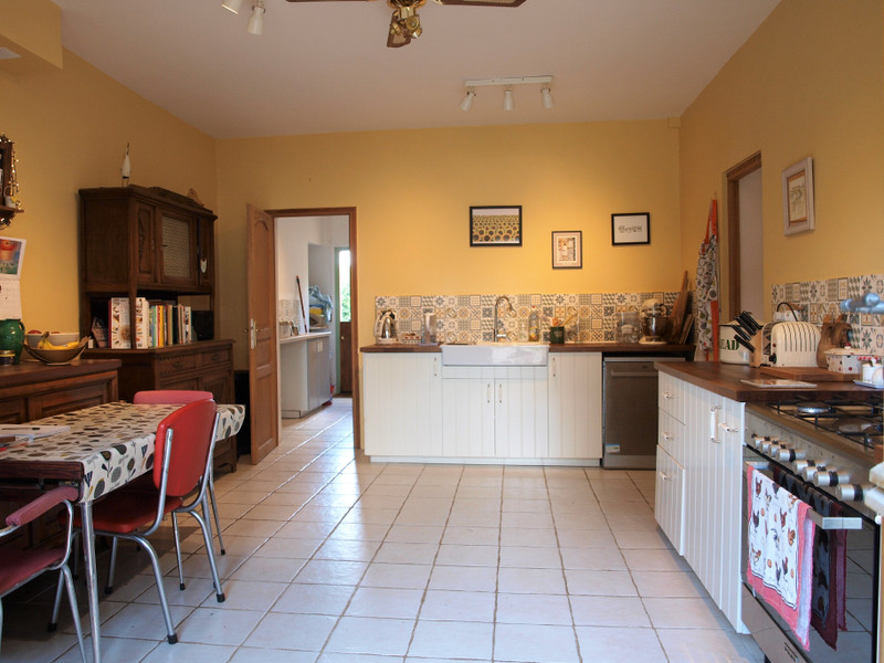 French property for sale in La Chèvrerie, Charente - €267,500 - photo 7