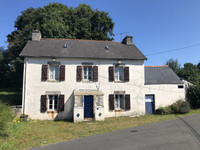 French property, houses and homes for sale in Gouézec Finistère Brittany