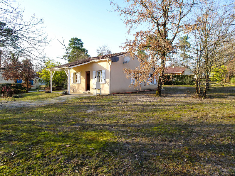 French property for sale in Brossac, Charente - €85,250 - photo 2