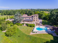 chateau for sale in Sainte-RadegondeGironde Aquitaine