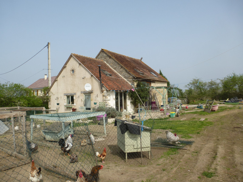 French property for sale in Sacierges-Saint-Martin, Indre - €84,700 - photo 2