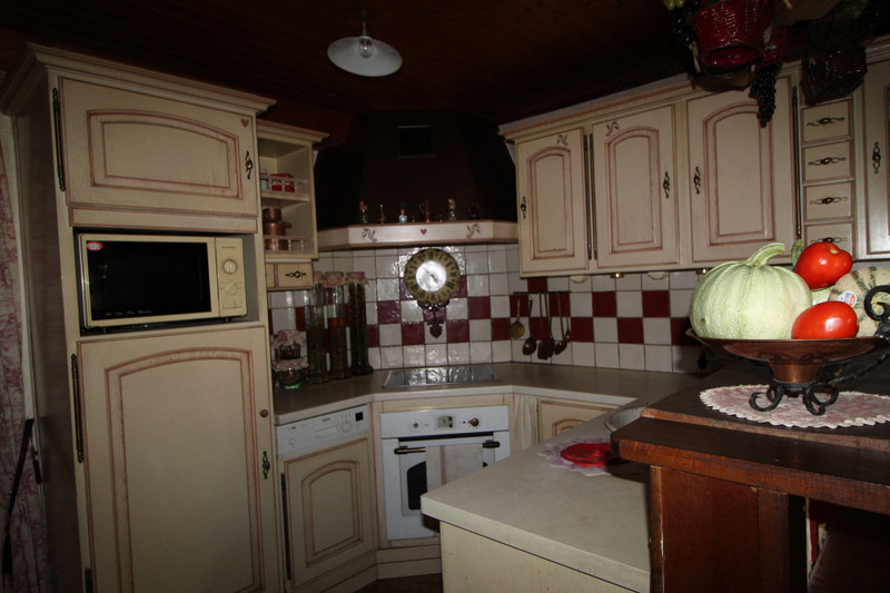 French property for sale in Chavanat, Creuse - €149,000 - photo 3