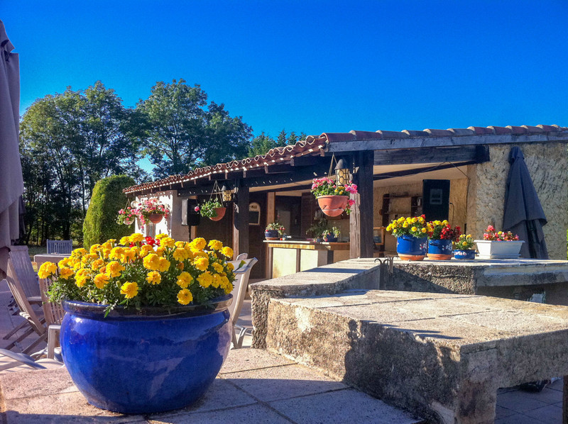 French property for sale in Montcuq, Lot - €315,000 - photo 5
