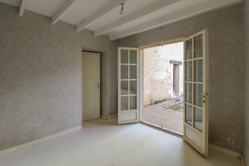 French property for sale in Angliers, Vienne - €77,000 - photo 7