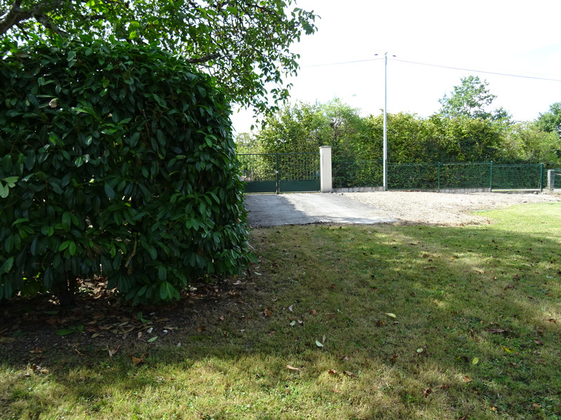 French property for sale in Segonzac, Charente - €259,000 - photo 3