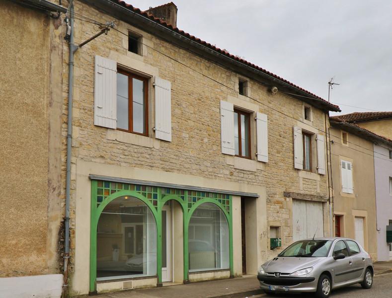 French property for sale in Sauzé-Vaussais, Deux-Sèvres - €51,600 - photo 10