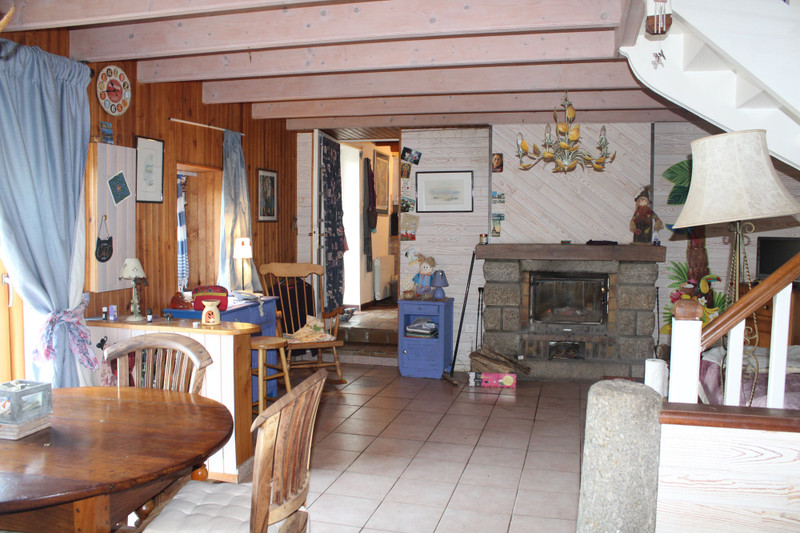 French property for sale in Locmaria-Berrien, Finistère - €84,700 - photo 3