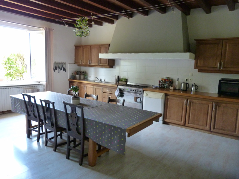 French property for sale in Bois, Charente-Maritime - €499,000 - photo 5