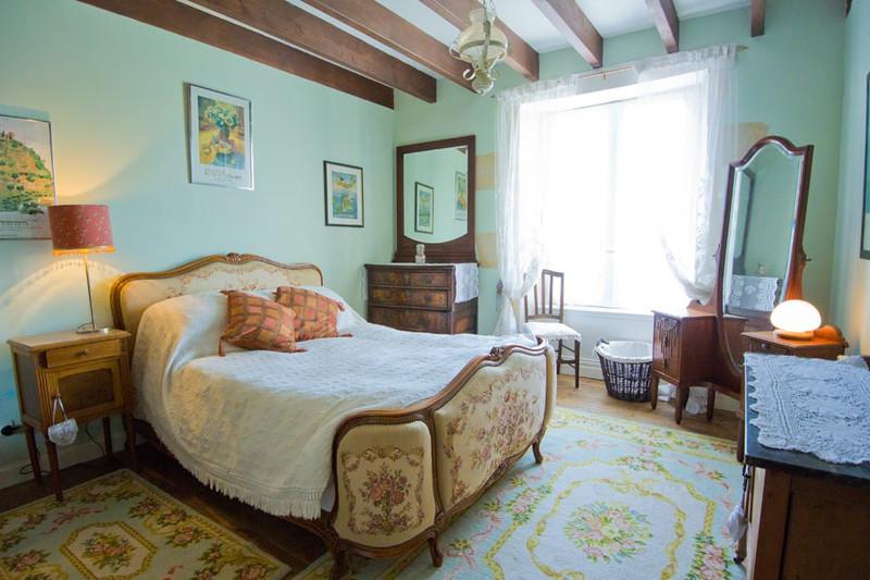 French property for sale in La Forêt-de-Tessé, Charente - €349,000 - photo 6