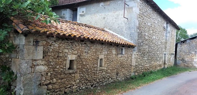 French property for sale in Villars, Dordogne - €77,000 - photo 2