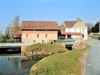 French property, houses and homes for sale inSaint-Pierre-sur-DivesCalvados Normandy