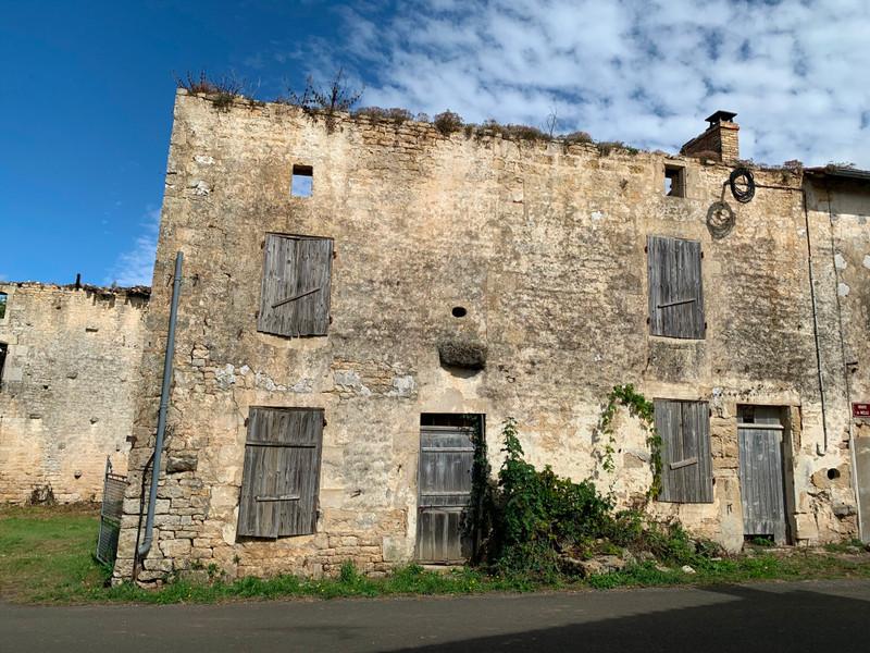 Grange à vendre à Melle, Deux-Sèvres - 46 600 € - photo 10