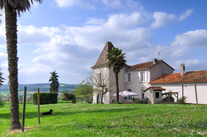 French property for sale in Brie-sous-Chalais, Charente - €310,000 - photo 5