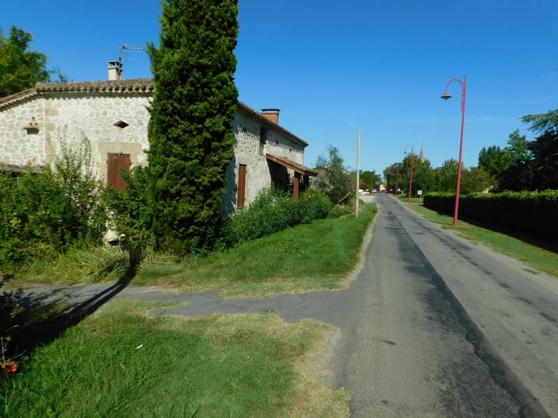 French property for sale in Saint-Maurice-de-Lestapel, Lot-et-Garonne - €82,500 - photo 5