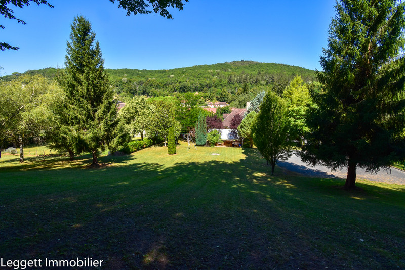 French property for sale in Les Eyzies-de-Tayac-Sireuil, Dordogne - €415,000 - photo 2