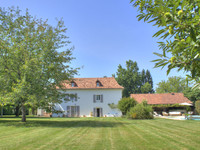 French property, houses and homes for sale in Navarrenx Pyrénées-Atlantiques Aquitaine