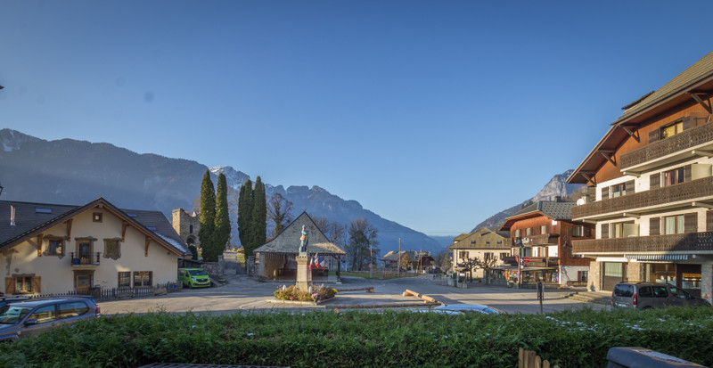 French property for sale in Le Biot, Haute Savoie - €450,000 - photo 9