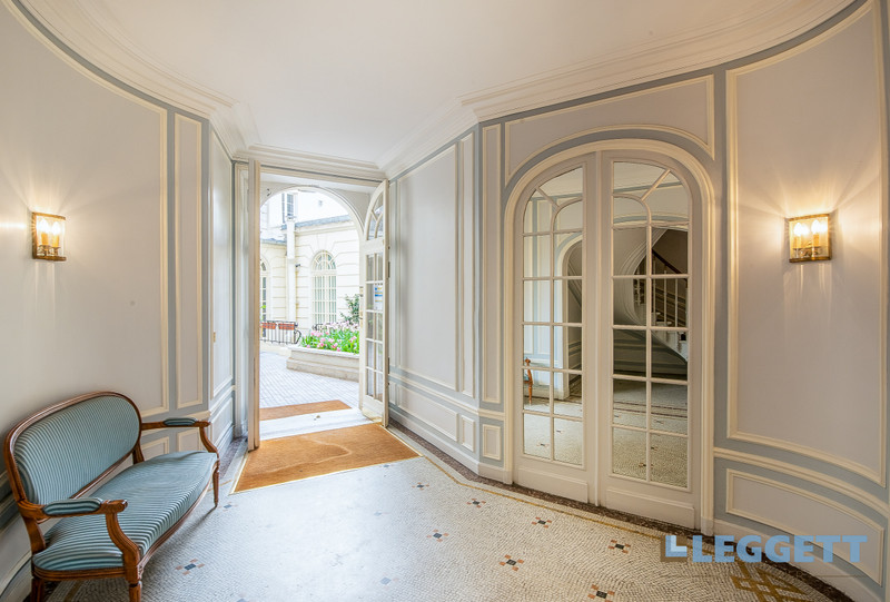 Appartement à vendre à Paris 8e Arrondissement, Paris - 1 598 000 € - photo 9