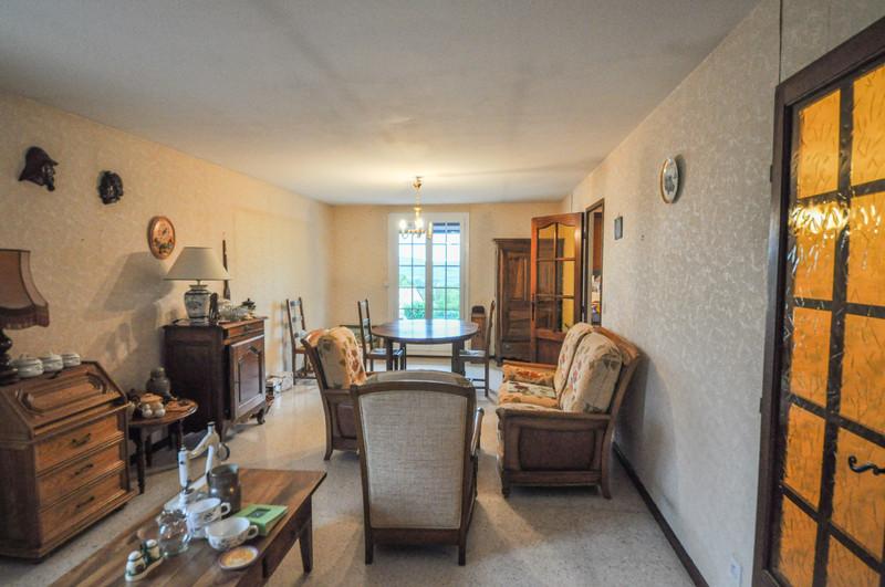 French property for sale in Reillanne, Alpes-de-Hautes-Provence - €230,400 - photo 5