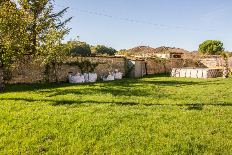 French property for sale in Angoulême, Charente - €349,800 - photo 7