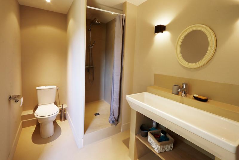 Maison à vendre à Lacoste, Vaucluse - 490 000 € - photo 8