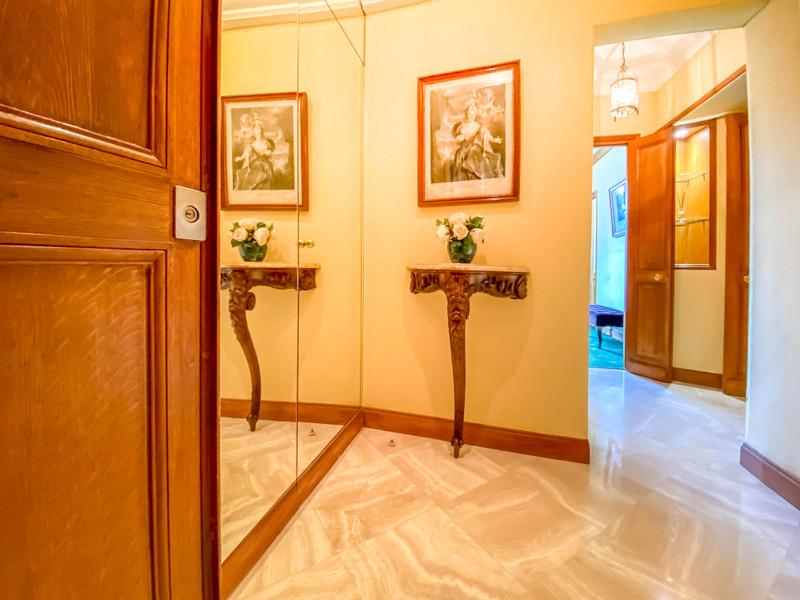 Appartement à vendre à Paris 4e Arrondissement, Paris - 1 050 000 € - photo 4