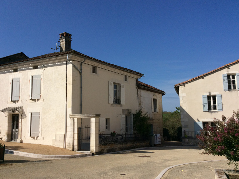 French property for sale in Monsec, Dordogne - €660,706 - photo 2