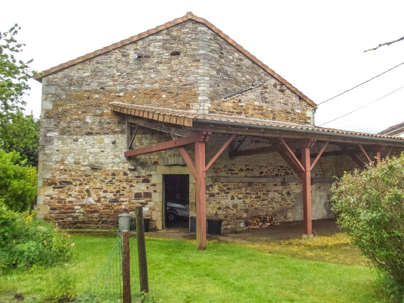 French property for sale in Bussière-Poitevine, Haute-Vienne - €68,600 - photo 5