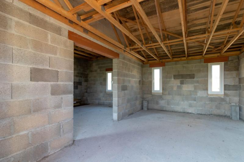 Maison à vendre à Fontaine-Chalendray, Charente-Maritime - 68 000 € - photo 9