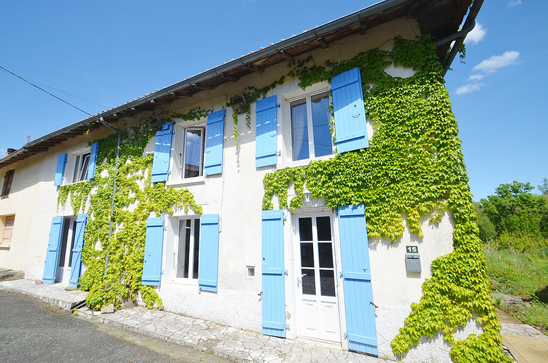French property for sale in Saint-Mathieu, Haute-Vienne - €69,950 - photo 1