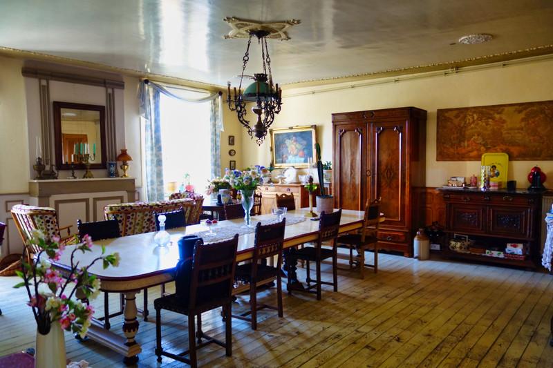 French property for sale in Saint-Bonnet-le-Chastel, Puy de Dome - €278,200 - photo 5