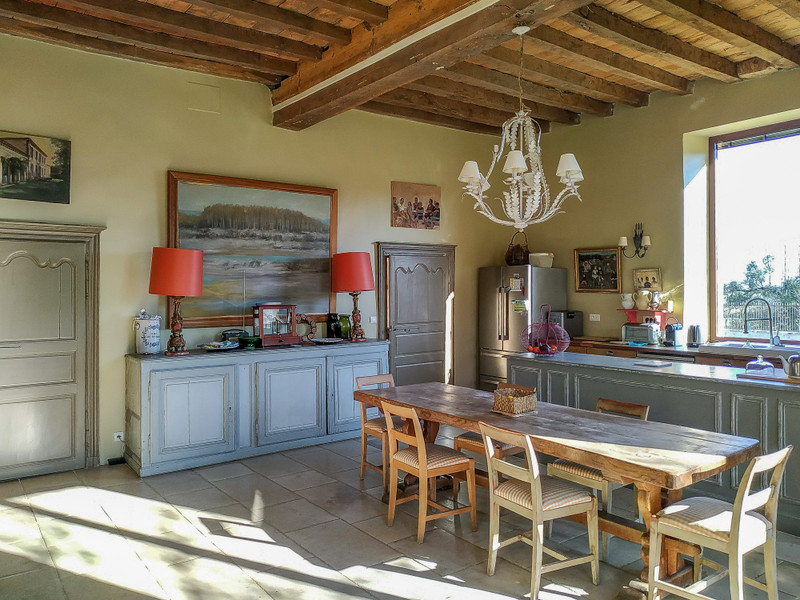 French property for sale in Pompignac, Gironde - €3,990,000 - photo 7