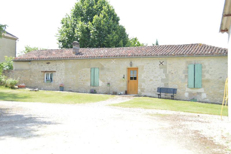 French property for sale in Monbahus, Lot et Garonne - €394,999 - photo 9