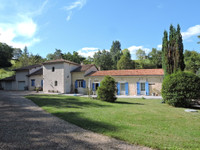 French property, houses and homes for sale in Saint-Astier Dordogne Aquitaine