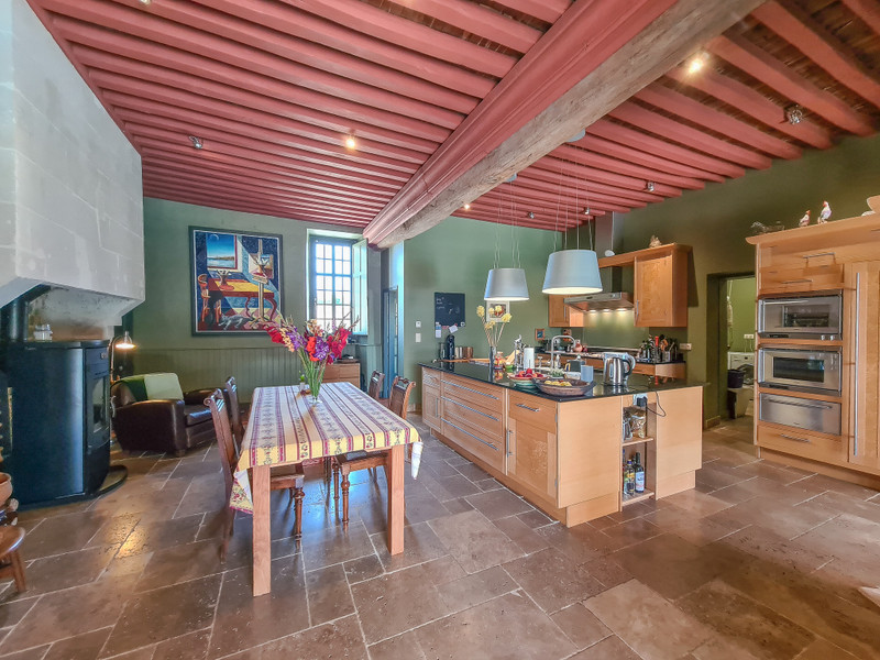 French property for sale in Verteuil-sur-Charente, Charente - €1,085,000 - photo 4