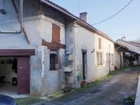 French property, houses and homes for sale inSaint-Front-la-RivièreDordogne Aquitaine